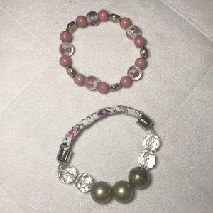 Jewelry - Women's fashion bracelet set